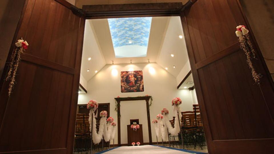 徳島県の結婚式場アンジェリーナ-チャペル-